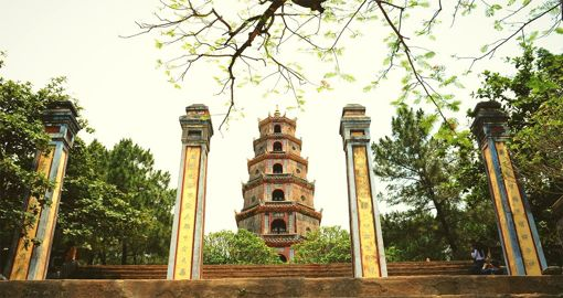 Thien Mu Pagoda - The Oldest Pagoda in Hue